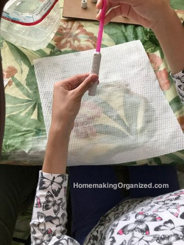 Making Rigid Wrap Breads as a Kids Craft